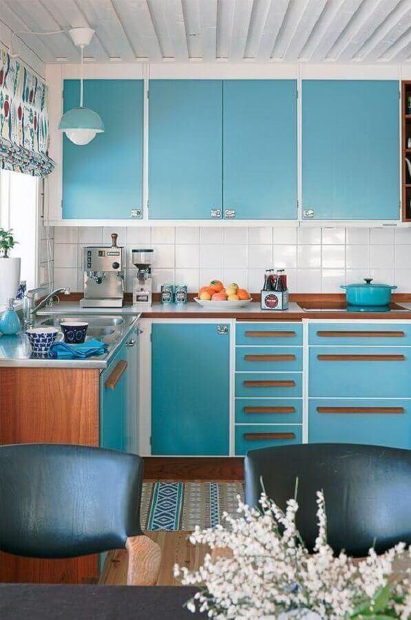 puxadores de madeira para armário de cozinha azul turquesa retrô Foto Ideias Decor