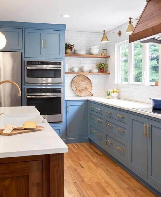 puxadores dourados para armário de cozinha azul claro  Foto Home Fashion Trend