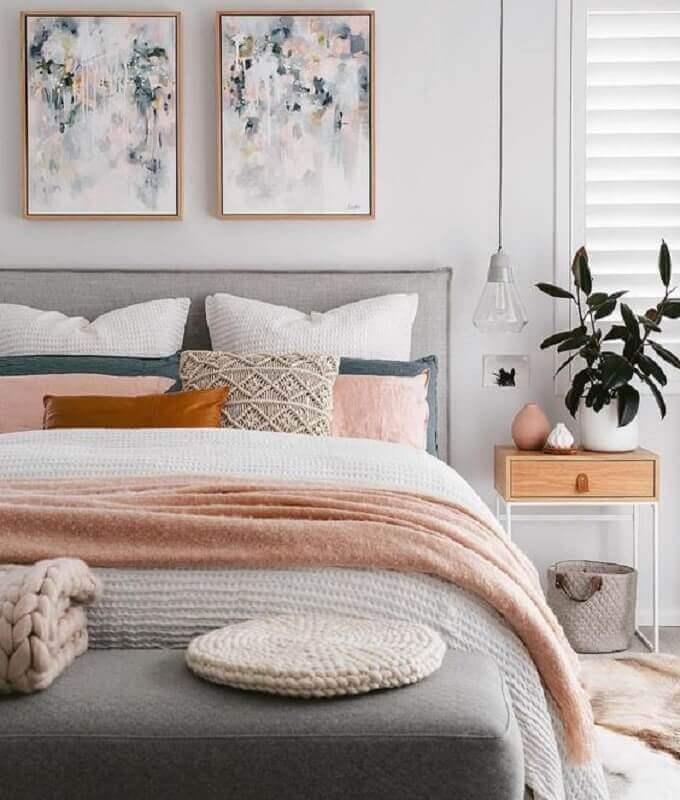 quadros para quarto feminino Tumblr cinza e rosa Foto Histórias de Casa
