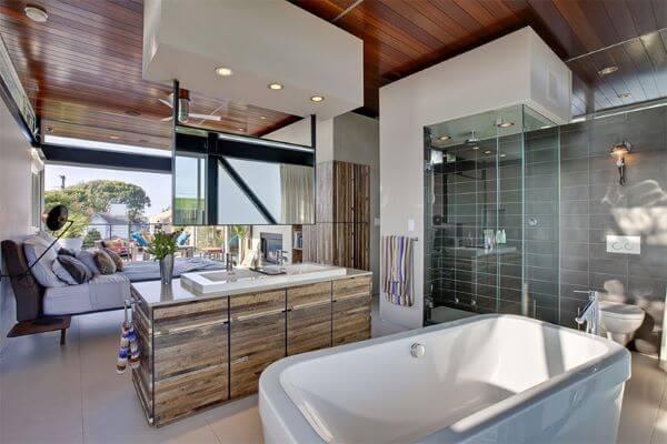 Quarto com banheiro completo