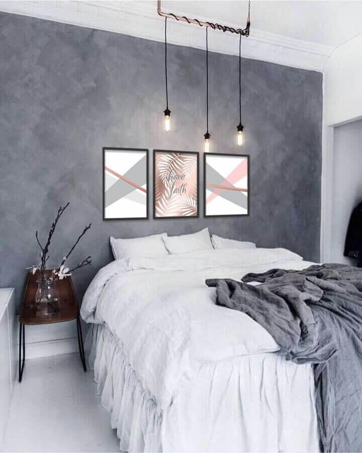 quarto de casal cinza e branco decorado com pendente estilo industrial Foto Pinterest