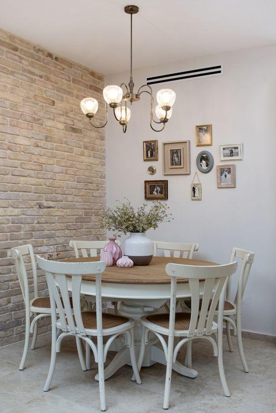 Revestimento 3D para sala de jantar rústica