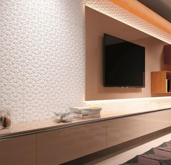 Revestimento 3D para sala de TV com iluminação ao redor