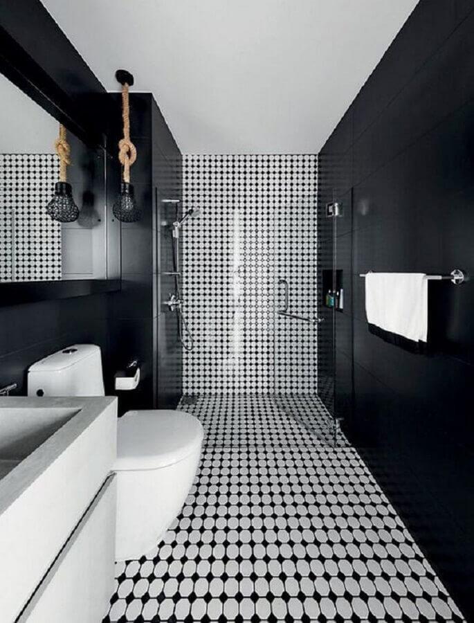 revestimento estampado para decoração de banheiro preto e branco Foto Conexão Décor