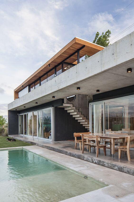 Revestimento para fachada de casa com piscina