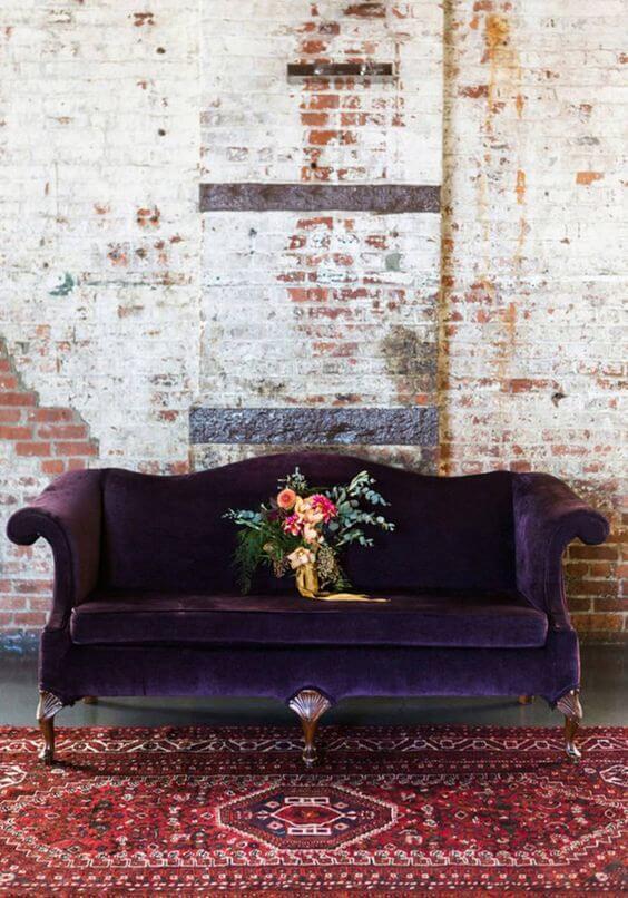 Sofá antigo roxo