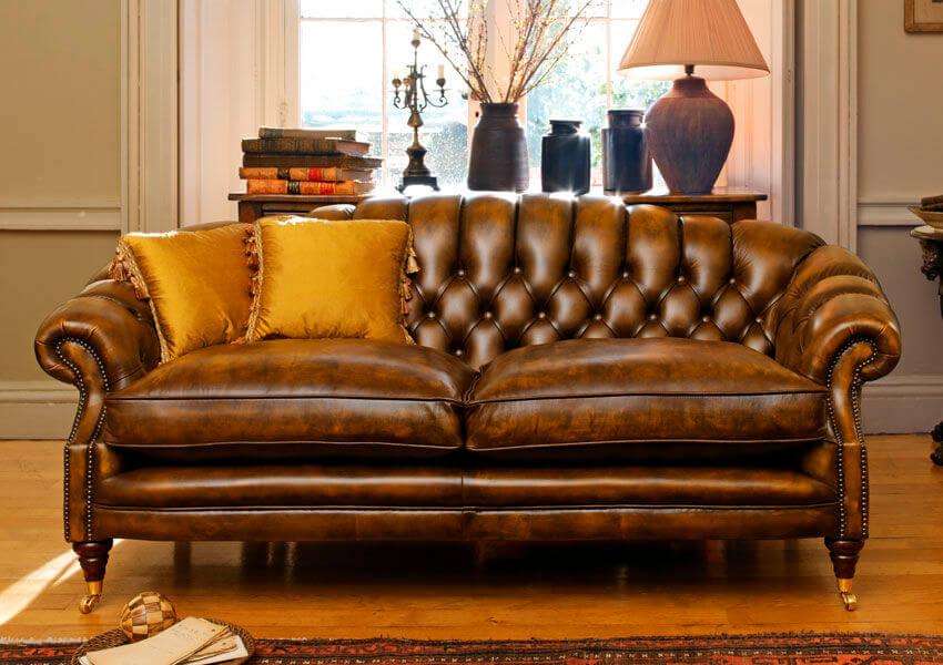 Sofá antigo de couro