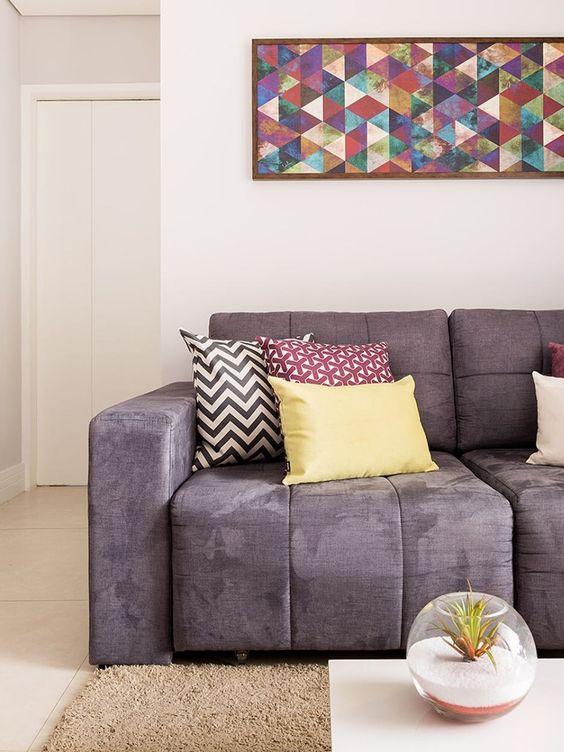 Sofá roxo retrátil