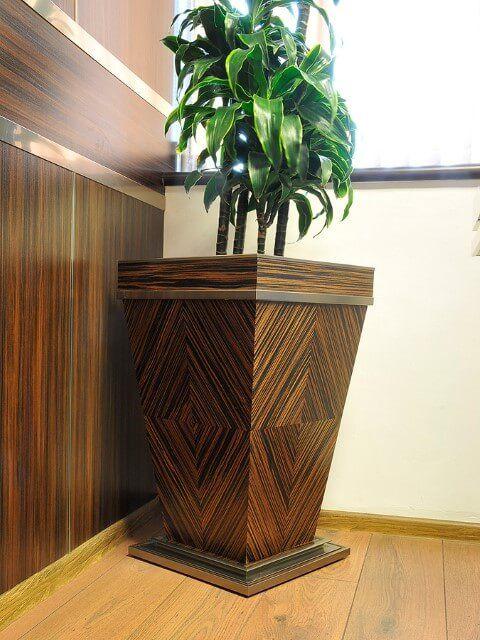 Vaso cachepot de madeira