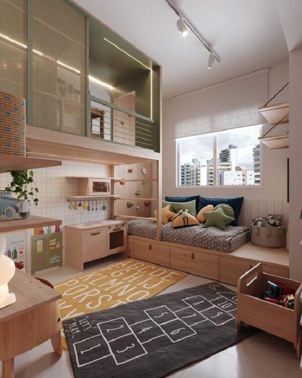 Alfabeto e amarelinha podem dar vida a lindos modelos de tapete para quarto infantil