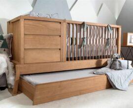 Berço de madeira com gavetas e cama auxiliar tamanho solteiro