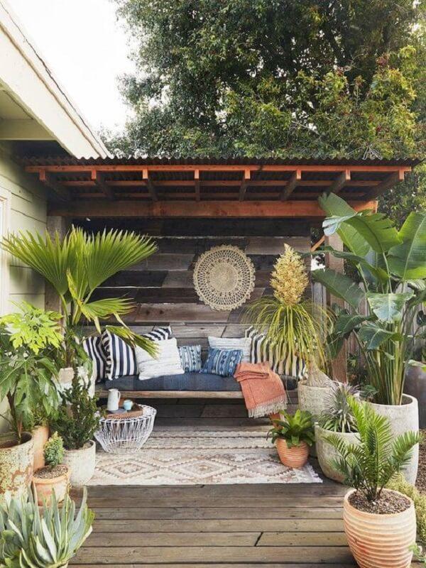 Elementos artesanais deixam as casas de campo com varandas ainda mais aconchegantes