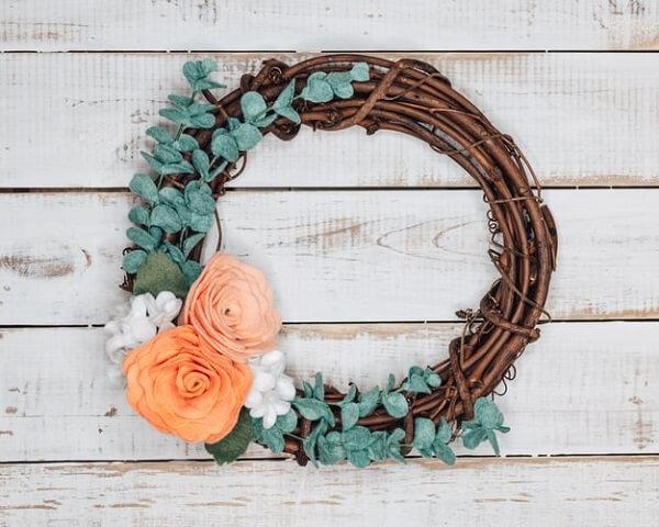 Folhas e flores artificiais forma lindos elementos artesanais