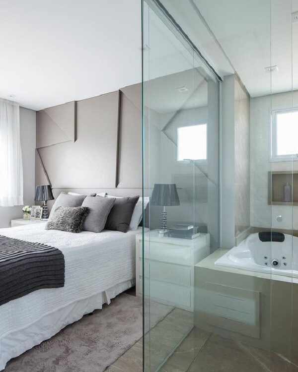 Modelo de quarto com suíte de vidro