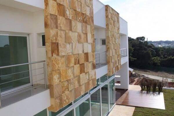 Muro de pedra Miracema para revestimento da fachada