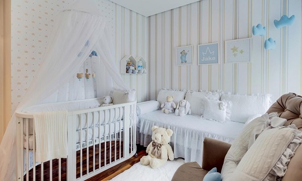 O nicho de casinha branco é ideal para decoração clean