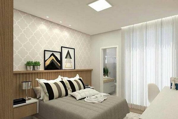 O quarto com suíte é comum em projetos de apartamento