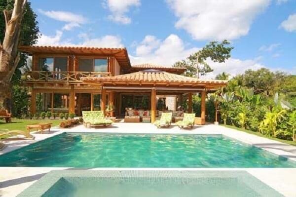 Projetos deslumbrantes de casas de campo com varanda e piscinas