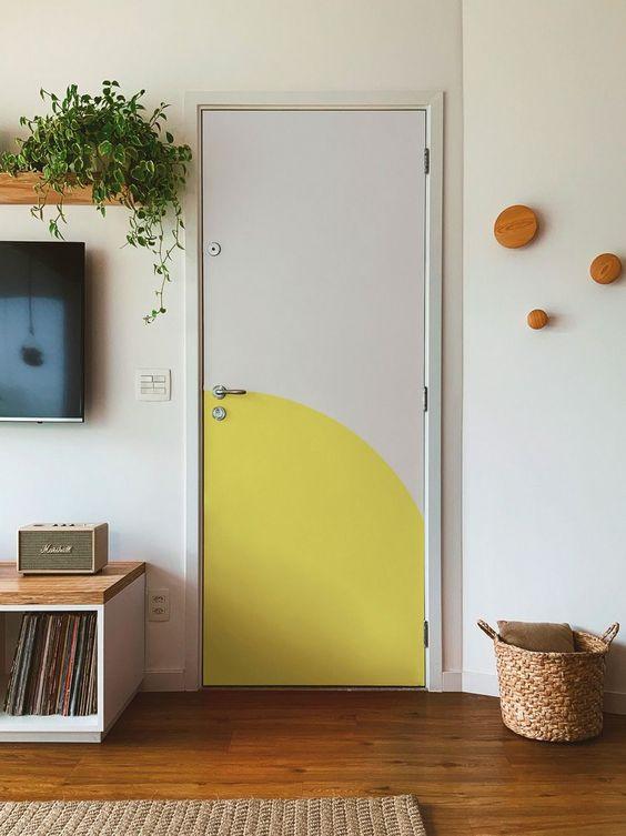 Adesivo geométrico para porta de casa
