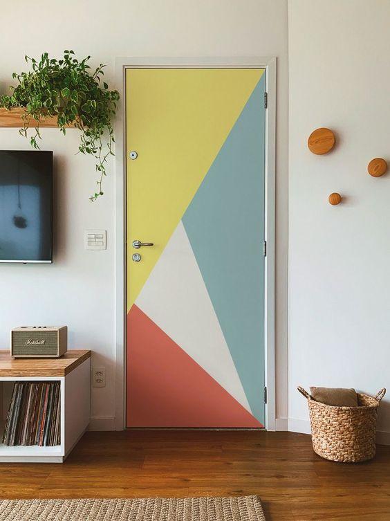 Adesivo para porta de quarto colorido