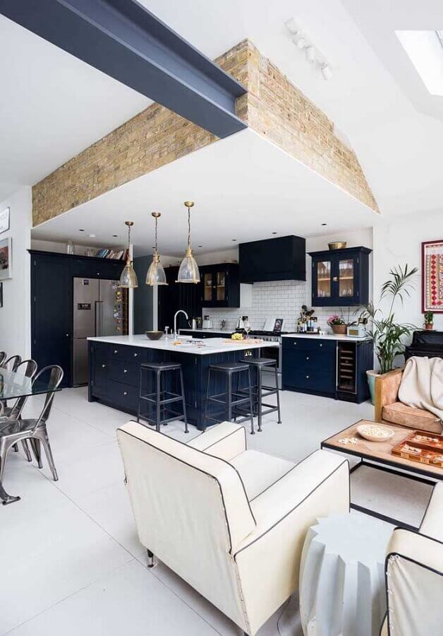 armário azul clássico para cozinha e sala de estar e jantar integrada Foto Pinterest