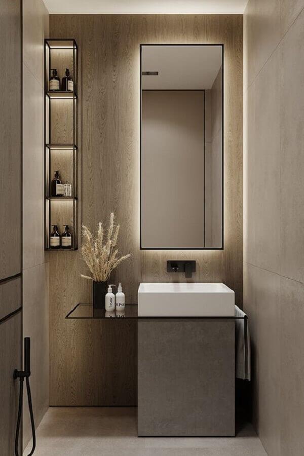 banheiro minimalista pequeno decorado com revestimento de madeira clara  Foto Behance