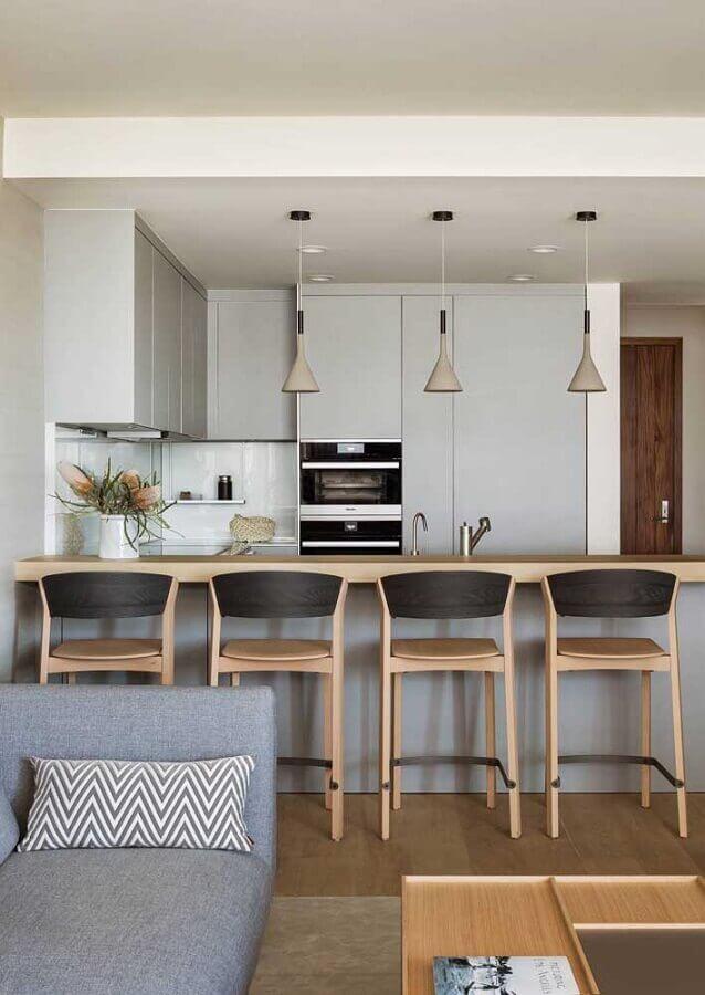 banquetas de madeira para sala de estar e cozinha integradas modernas Foto Houzz