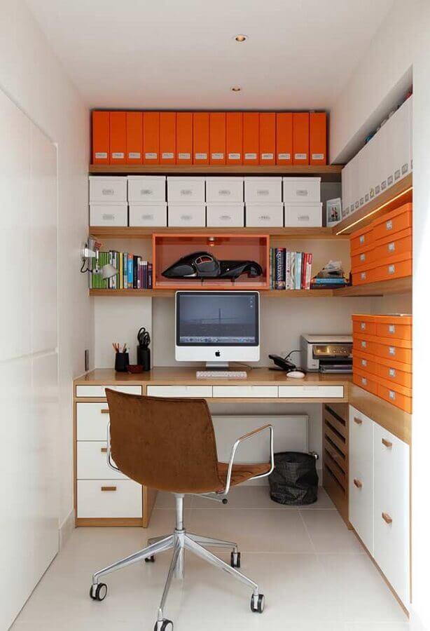 cadeira para home office planejado de canto Foto Jeito de Casa