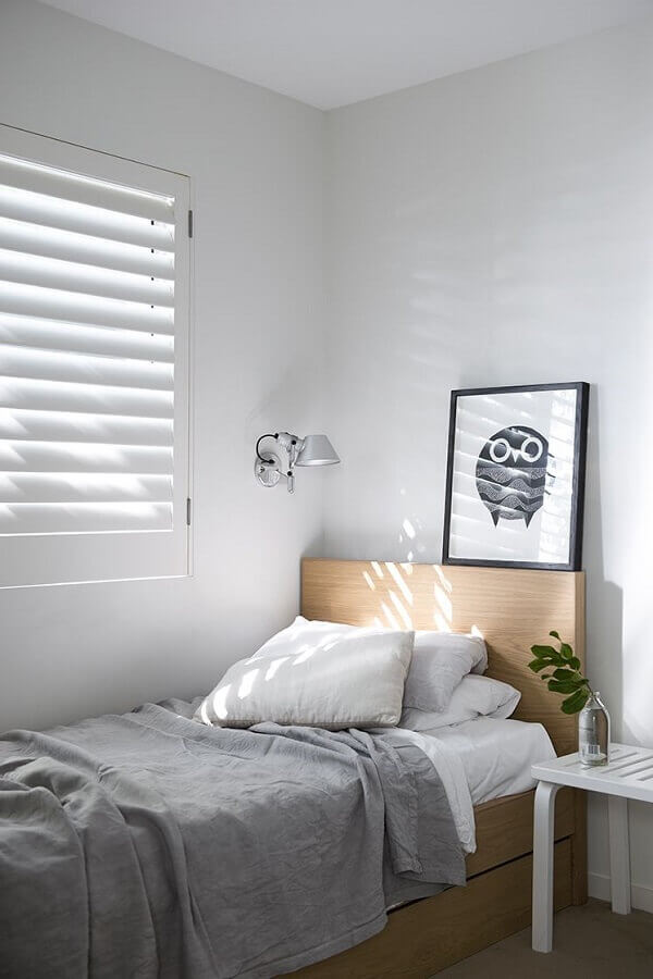 cama de madeira para decoração de quarto de solteiro minimalista Foto Apartment Therapy