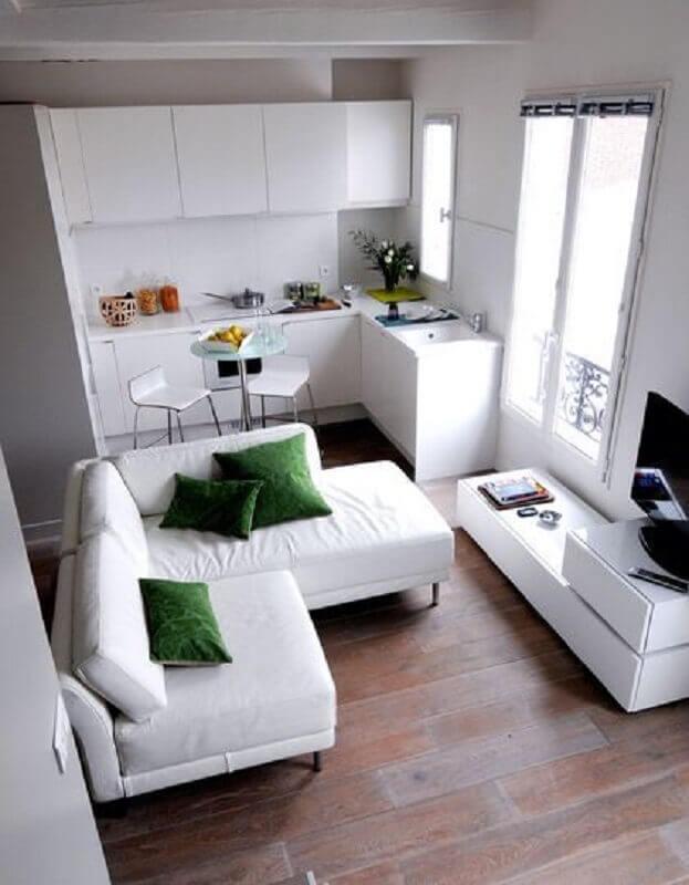 cor branca para decoração de sala e cozinha integrada pequena Foto Côté Maison