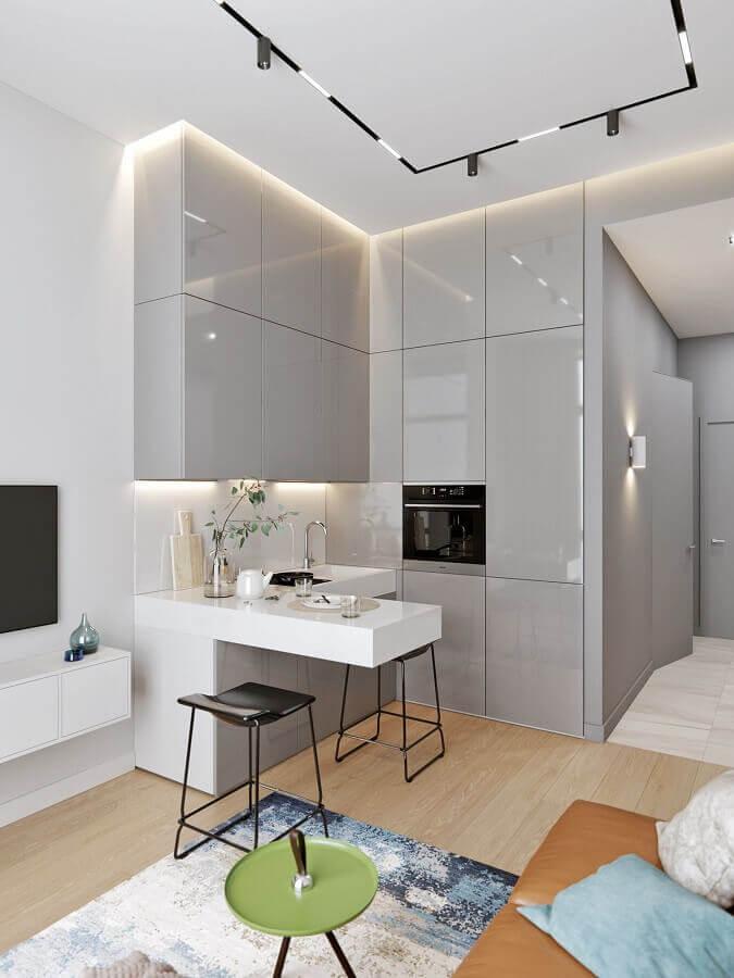cozinha e sala integrada moderna com armários planejados cinza Foto Pinterest