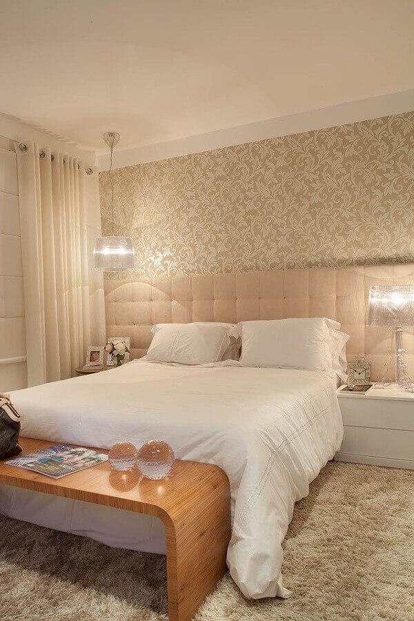 decoração em cores neutras com delicado papel de parede quarto de casal Foto Ultimas Decoração