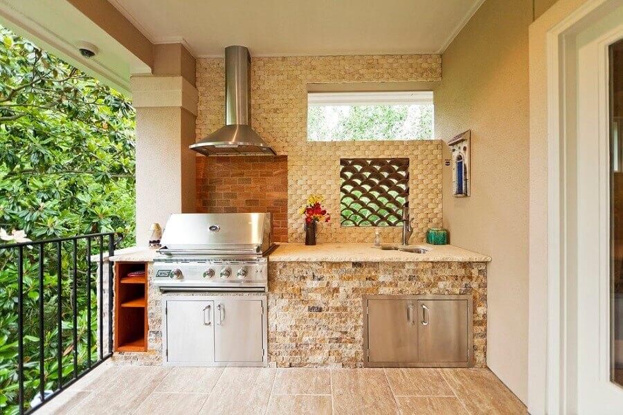 decoração em tons de bege para cozinha área externa Foto Houzz