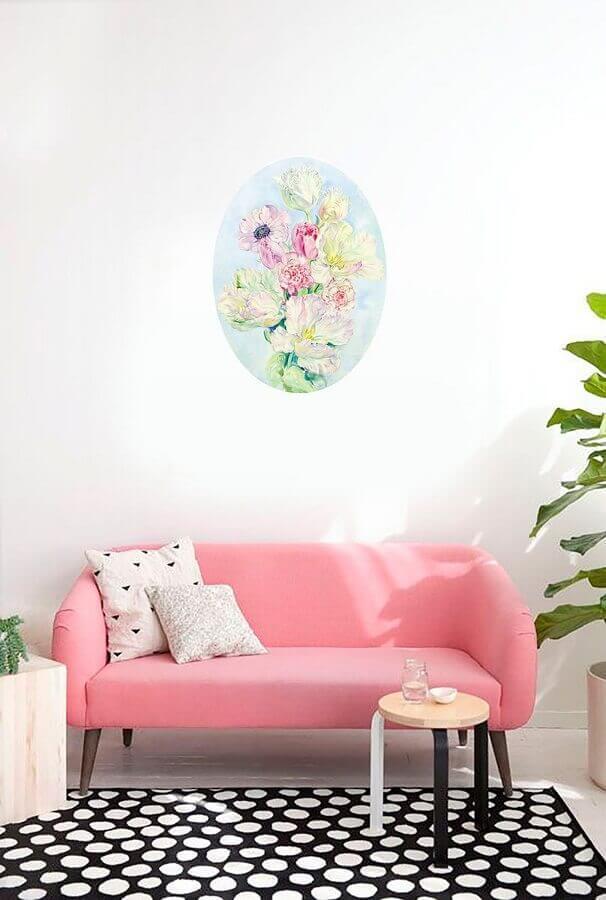 decoração minimalista para sala branca com sofá pequeno cor de rosa Foto Artfinder