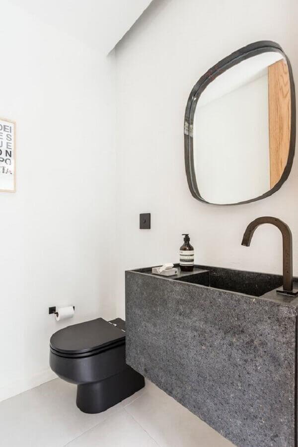 decoração simples para banheiro minimalista  Foto Archilovers