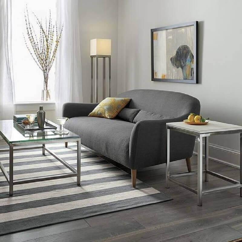 decoraçao de sala cinza minimalista com sofá pequeno moderno Foto Crate and Barrel