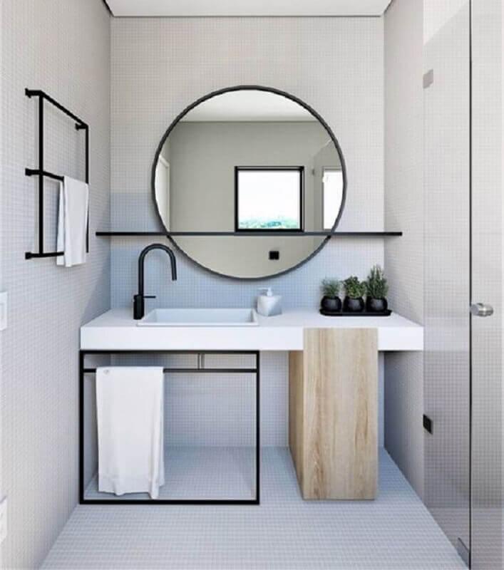 detalhes pretos para decoração banheiro minimalista com espelho redondo Foto Simples Decoração
