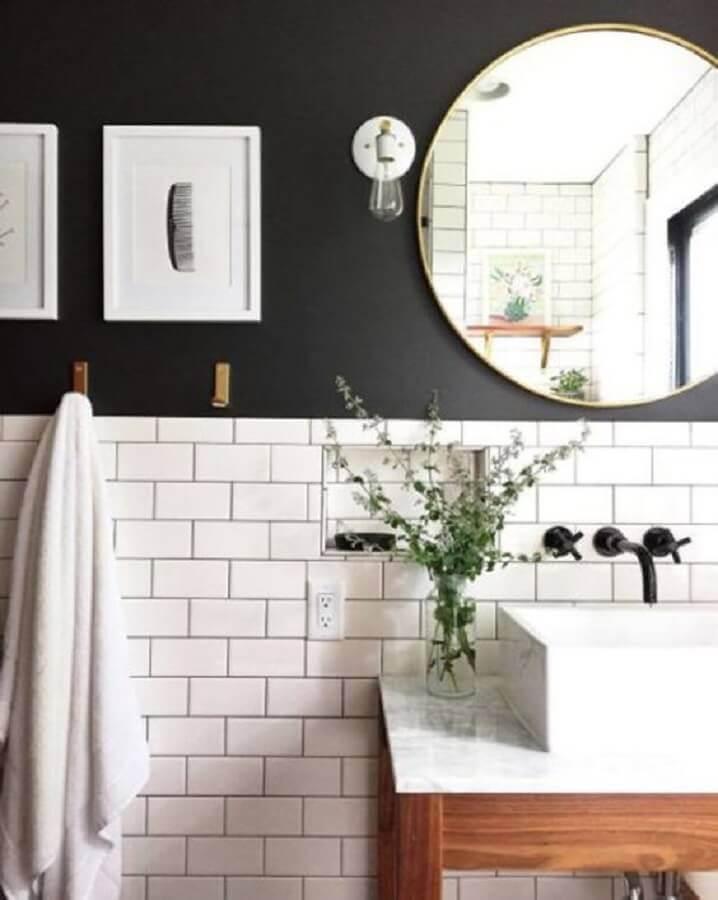 espelho redondo para decoração de banheiro preto e branco retro Foto Pinterest
