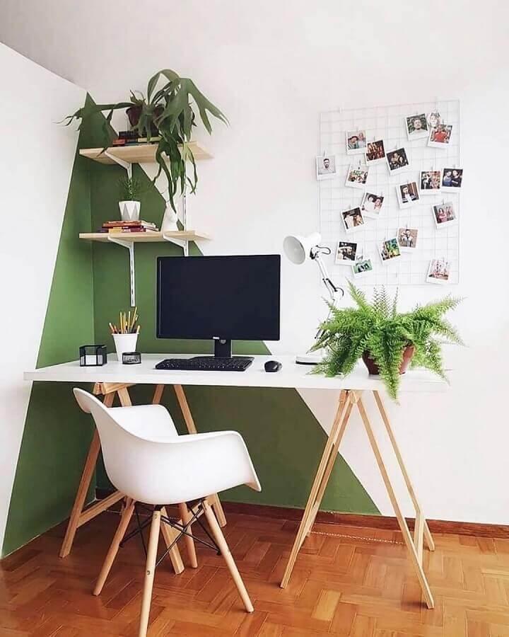 mesa cavalete e cadeira para home office simples branco e verde  Foto Pinterest