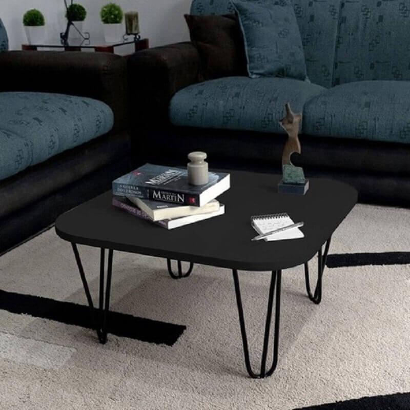 mesa de centro preta para sala decorada  Foto Pinterest
