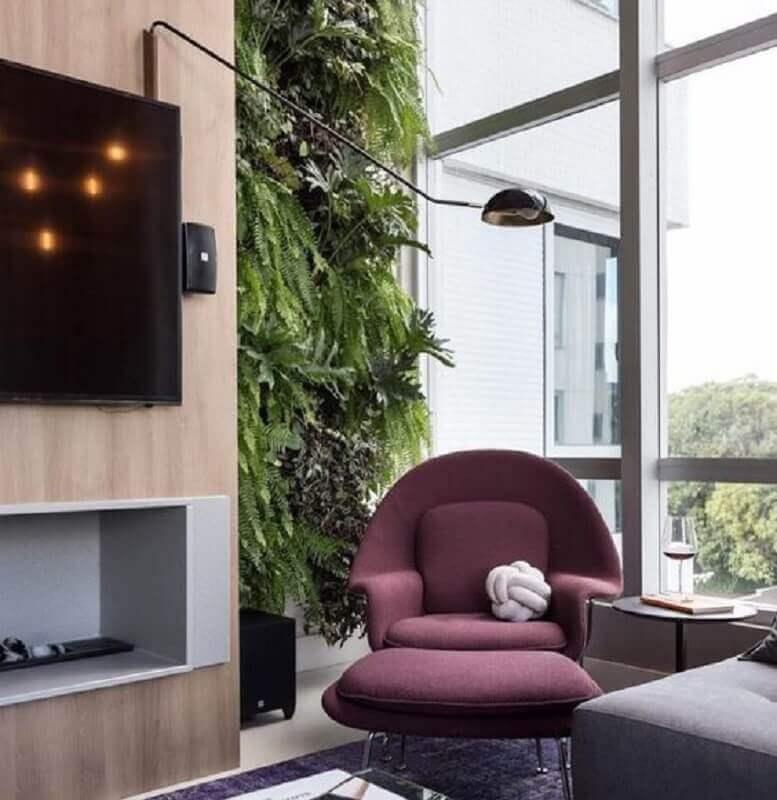 poltrona decorativa moderna para varanda com jardim vertical Foto Home Fashion Trend