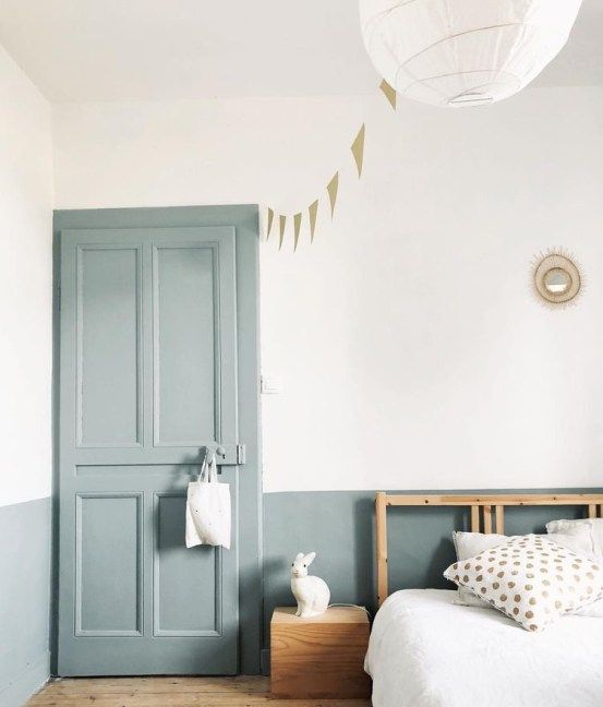Porta para quarto azul