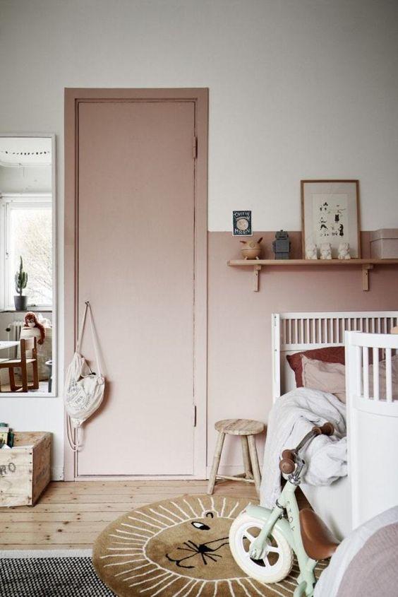 Porta para quarto cor de rosa
