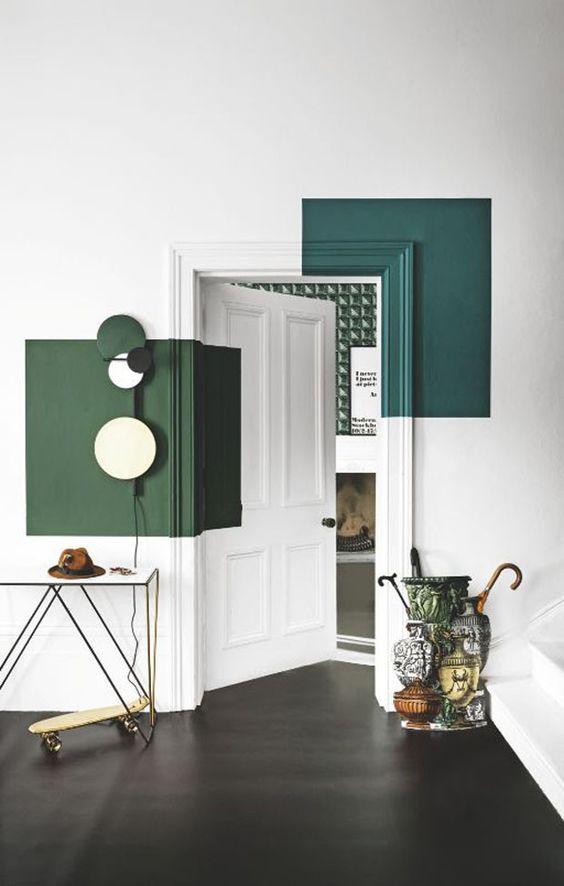 Porta para quarto branco e verde