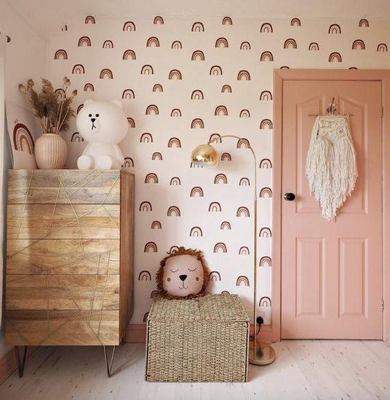 Porta para quarto rosa