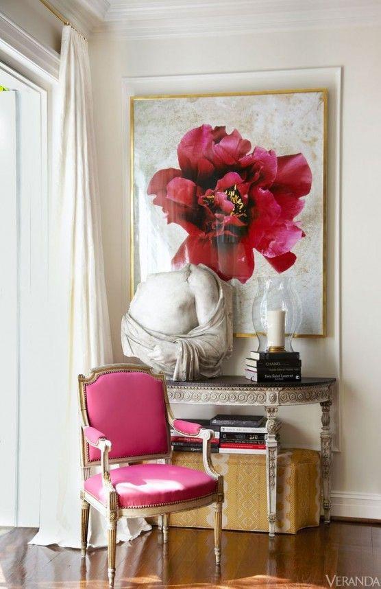 Quadros clássicos para poltrona rosa