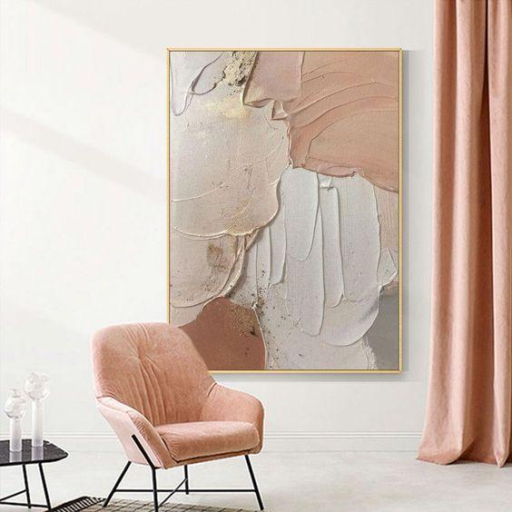 Quadros clássicos em tons de rosa e cinza
