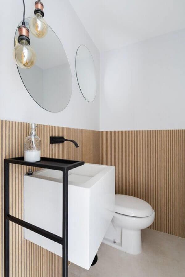 revestimento de madeira ripada para decoração banheiro minimalista Foto Pinterest