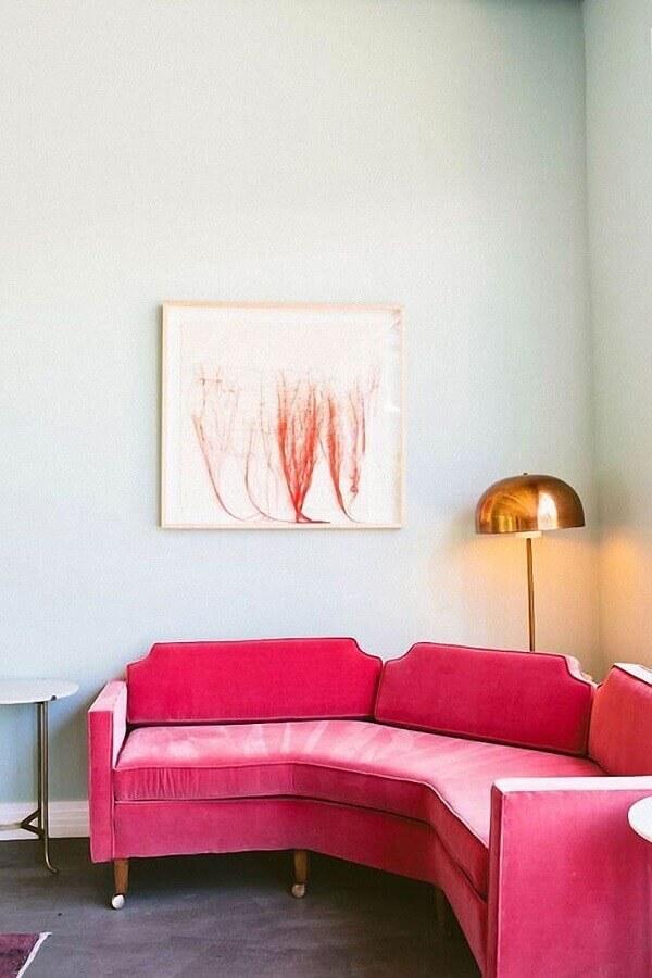 sala de estar decorada com sofá de canto pequeno Foto Archzine