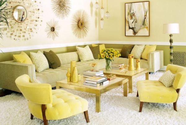 Sala monocromática amarela